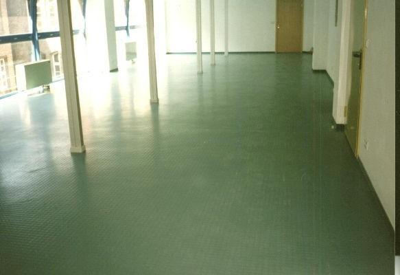 zielona wykładzina podłogowa 2